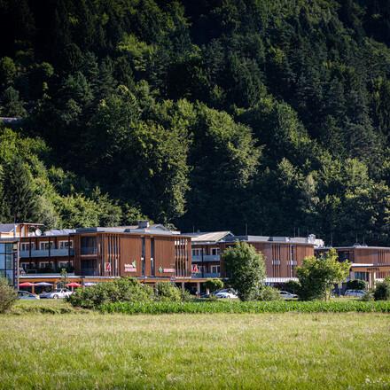 Außenansicht vom Hotel eduCARE, dem Hotel für Radurlaub in Kärnten