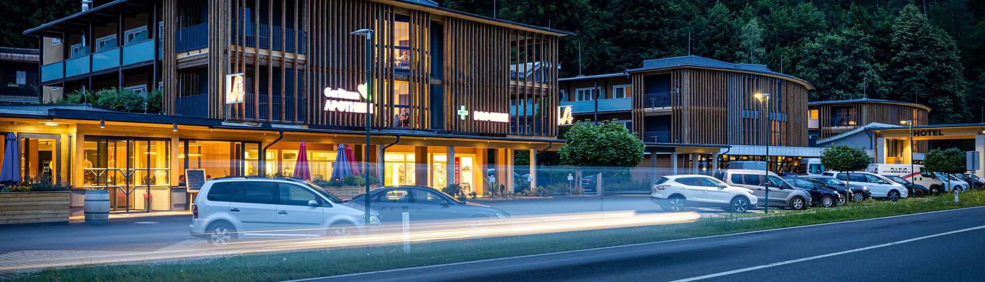 Die Außenansicht vom barrierefreien Hotel in Kärnten