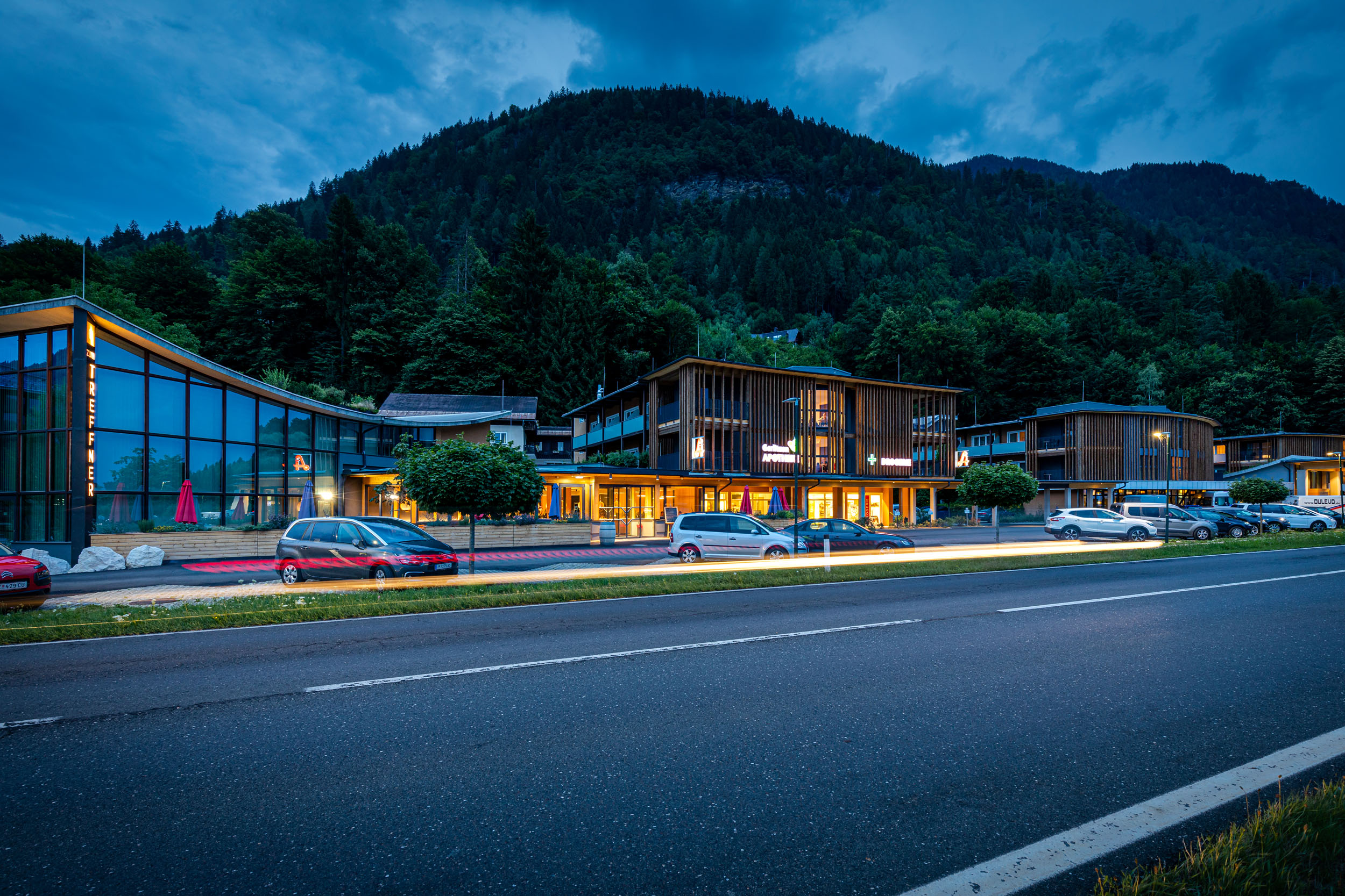 Außenansicht vom Hotel eduCARE, dem Hotel für eine Zwischenübernachtung an der A10 bei Villach