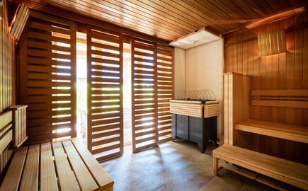 Eine der Saunen im nachhaltigem Hotel in Kärnten